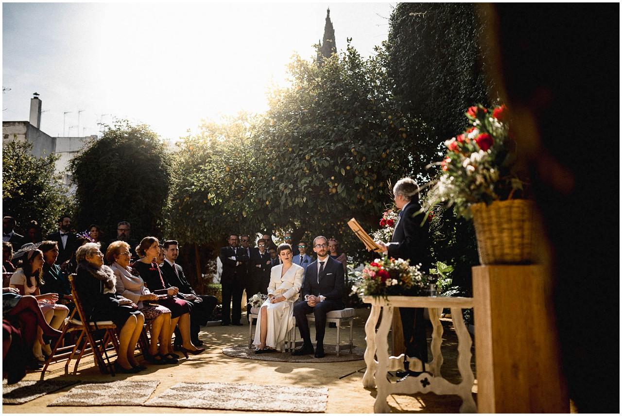 Momento de la ceremonia matrimonial en Casa Bucarelli