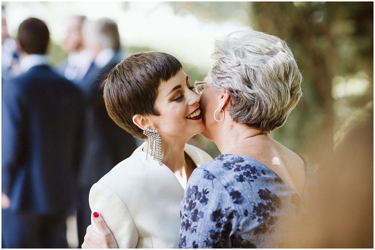 La novia y su abuela