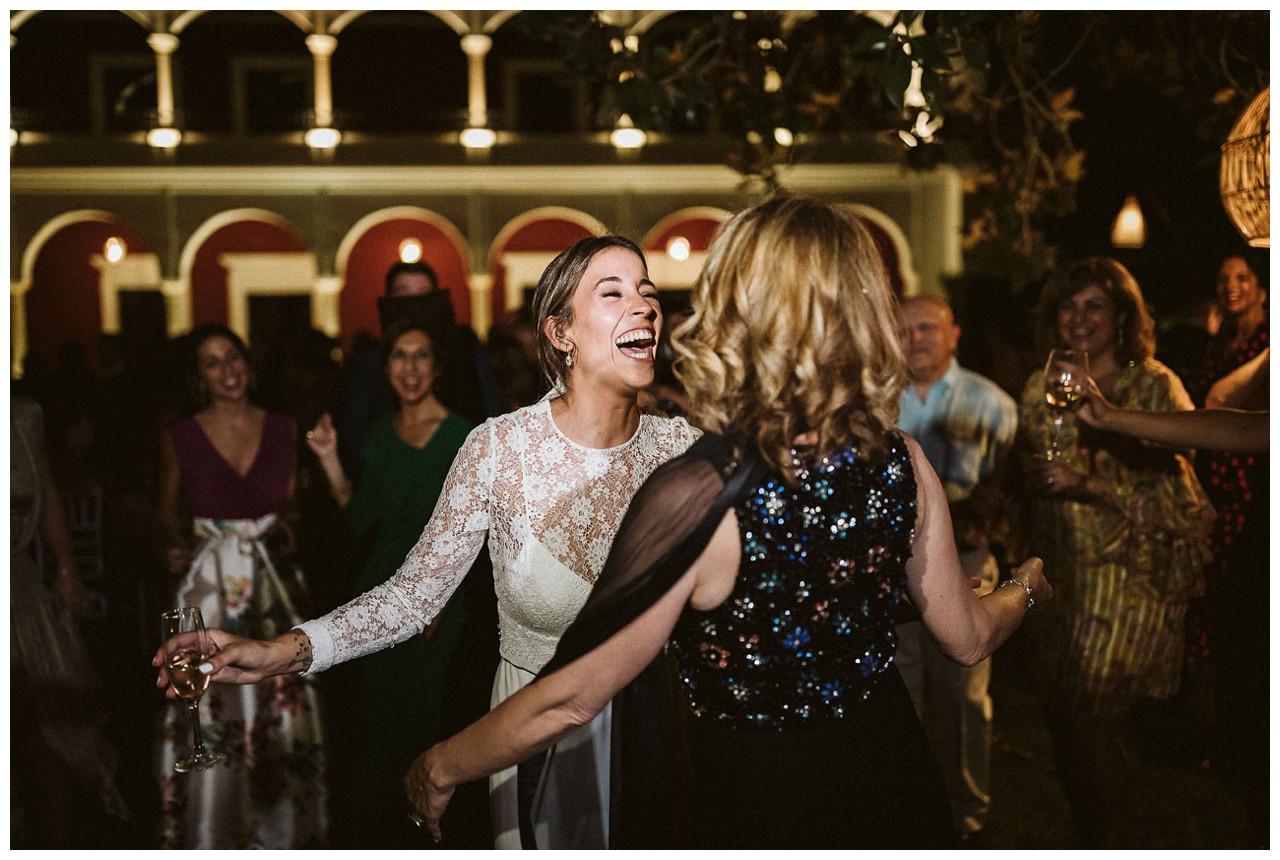 Bailamos al Son de Cuba en Hacienda Majaloba