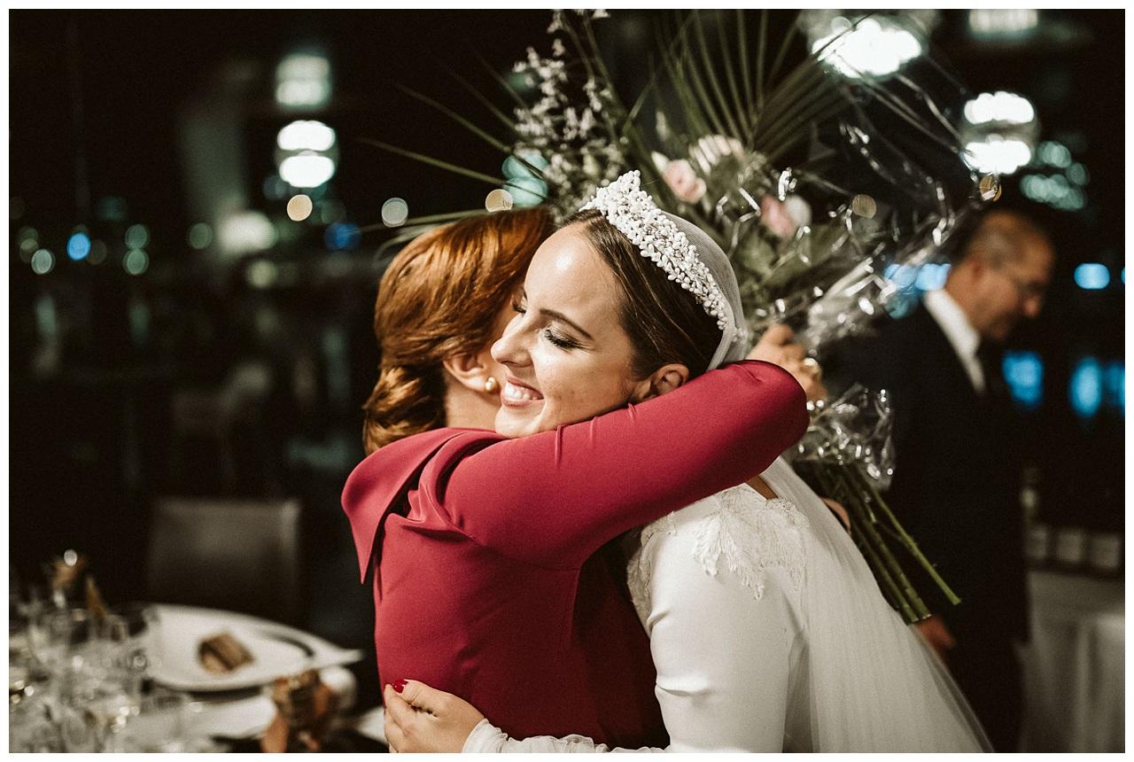 La novia y su madre