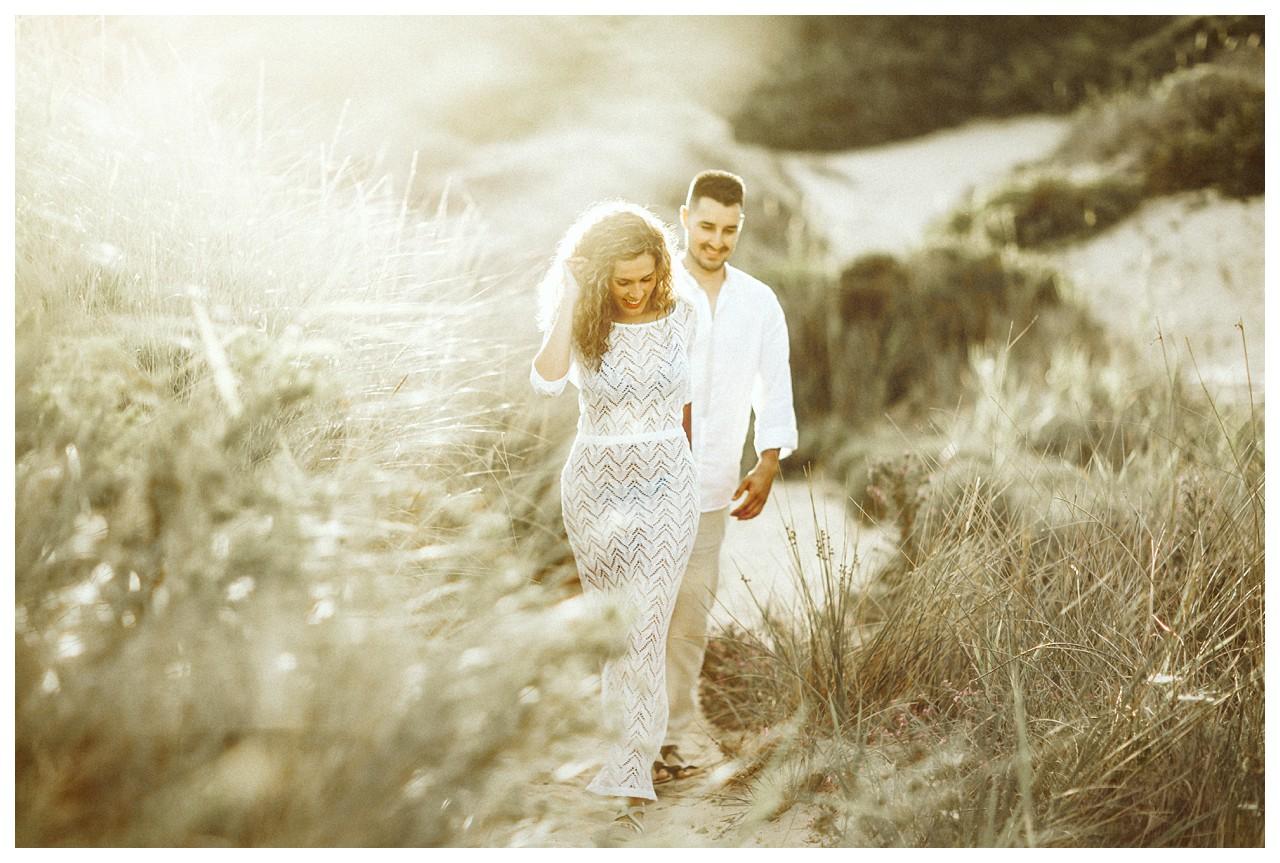 El paseo de una pareja de enamorados