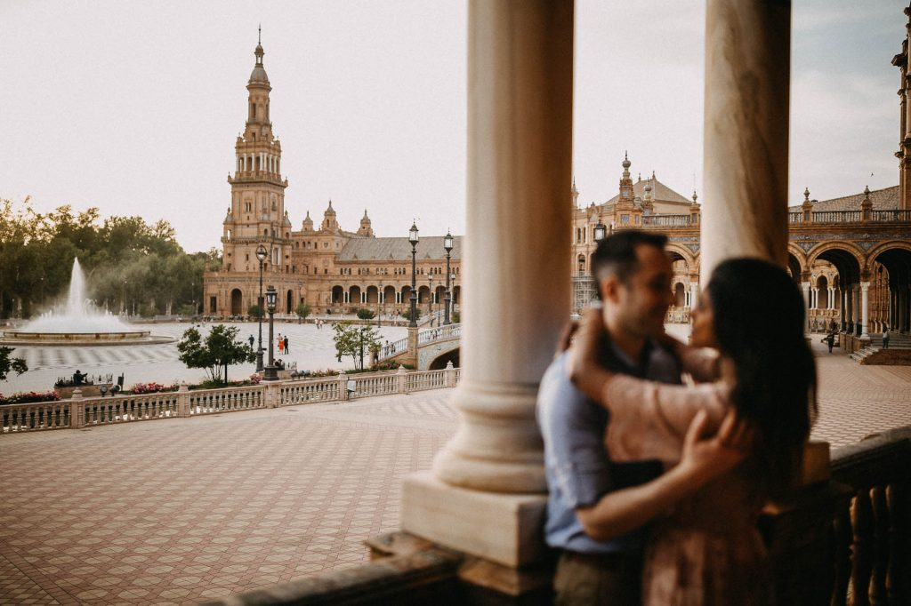A walk through Seville - Un paseo por Sevilla