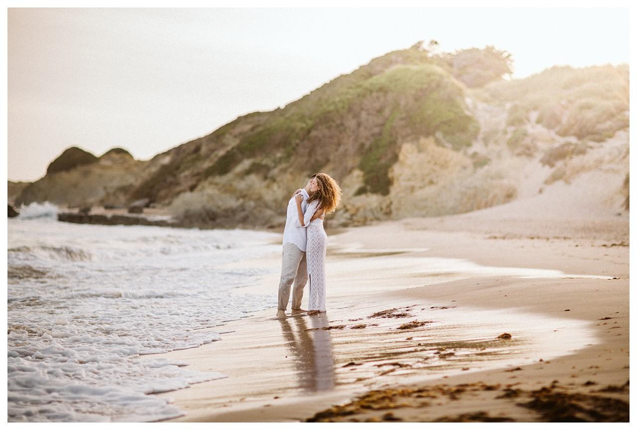 Abrazo en la playa