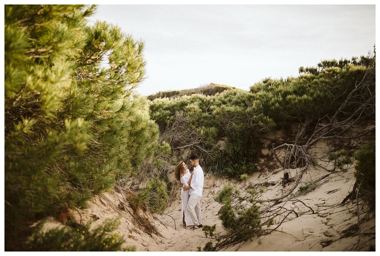 un abrazo en las dunas